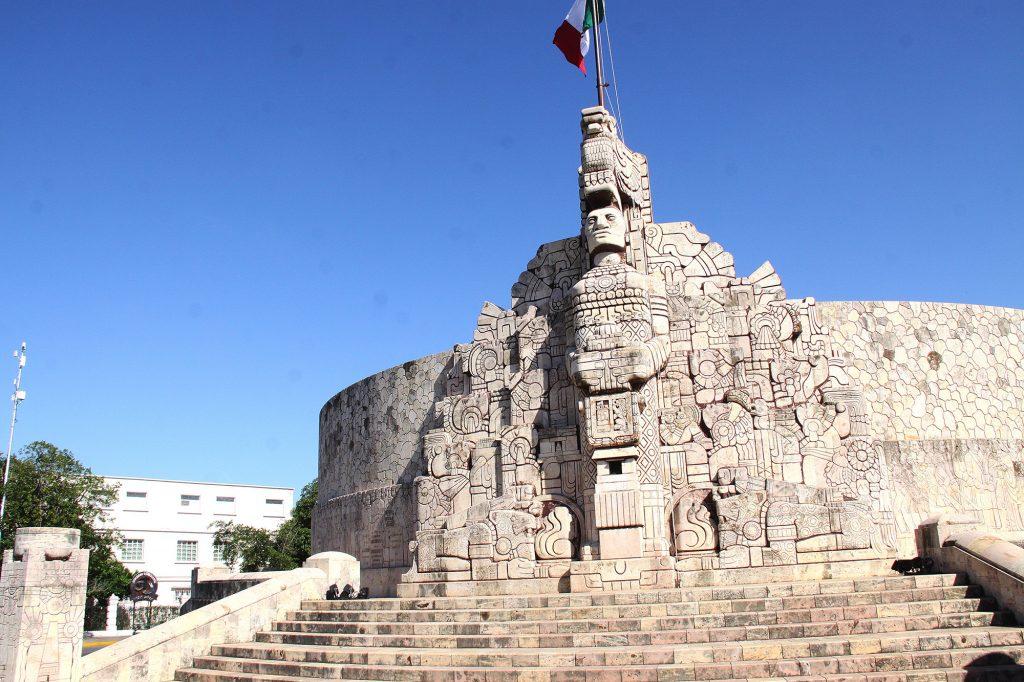 Monumento a la Patria en Paseo de Montejo (3)